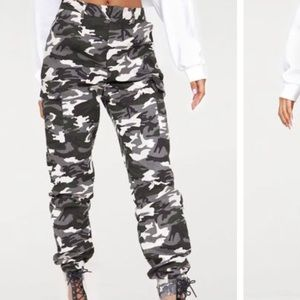 Pretty little thing camo pants